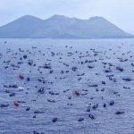 中国船が尖閣諸島に大挙