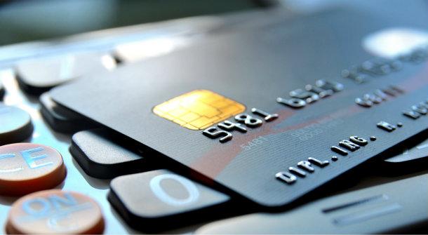 銀行カードもSIMカードも売買